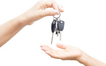 Why did my car key stop work? Reasons and Solution
